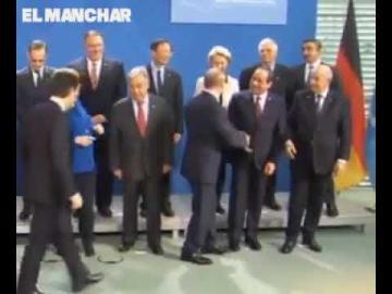 """""""تبون"""" يتعرض لموقف محرج في مؤتمر برلين من طرف """"بوتين"""""""