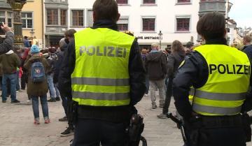 احتجاجات في سويسرا والبوسنة وإيطاليا ضد القيود المفروضة بسبب جائحة كوفيدـ19