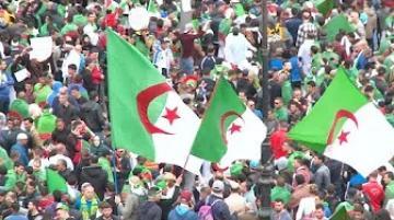 الجزائر.. تظاهرات حاشدة للأسبوع التاسع للمطالبة برحيل رموز نظام بوتفليقة