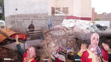 سيدة بسطات كتعيش في عشة مع وليداتها في زمن الجائحة و هادي هي قصتها
