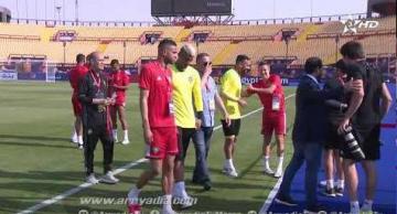 عناصر المنتخب في زيارة ميدانية لملعب السلام بحضور فوزي لقجع