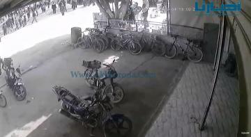 كاميرا مراقبة ترصد لحظة دهس عائلة بسيارة رباعية الدفع ضواحي سيدي سليمان