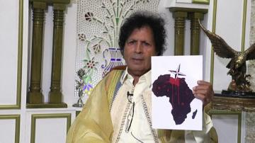 """ابن عم القذافي أحمد قذاف الدم: """"لم تكن هناك ثورة في ليبيا بل هجوم لقتل القذافي""""…"""