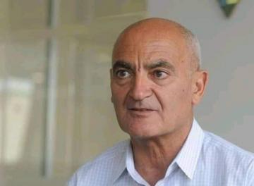 منصف السلاوي يبدي رأيه في حملة التلقيح ضد كوفيد-19 بالمغرب