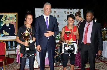 الأبطال المغاربة يتألقون في أمسية دولية في رياضة الكيك بوكسينغ بالحسيمة