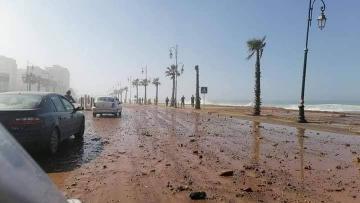 مد بحري يضرب ساحل العاصمة الرباط