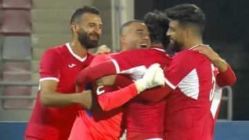بالفيديو..حارس منتخب الأردن يسجل هدف من المرمى للمرمى أمام الهند