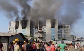 حريق في أكبر معهد لإنتاج اللقاحات في العالم في الهند
