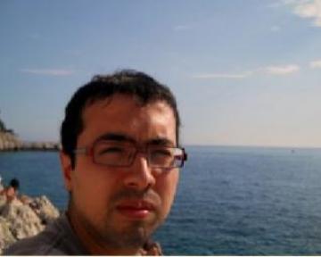 بل المغرب أمازيغي الهوية القومية يا أستاذ حتوس