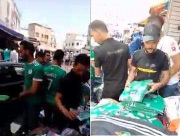 إقبال كبير للمغاربة على شراء أقمصة المنتخب الجزائري ساعات قبل نهائي الكان
