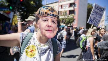 20 ألف شخص يتظاهرون في برلين احتجاجا على قيود كورونا