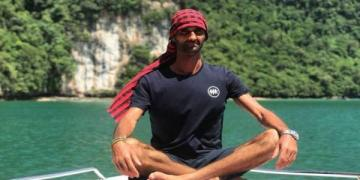 المغربي ياسين درقاوي ينطلق في مغامرة عبور خليج تايلاند لتحطيم رقم قياسي عالمي