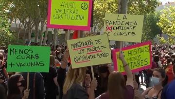 المئات من سكان مدريد يتظاهرون ضد الإغلاق الجزئي