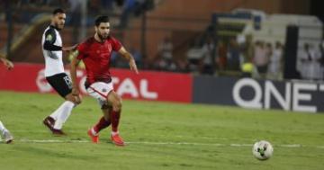 """بالفيديو.. أزارو يهدر هدفا للأهلي المصري بـ""""غرابة شديدة"""""""