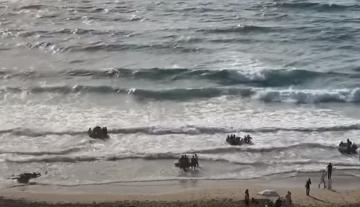 هجرة جماعية لمئات المواطنين الأفارقة انطلاقا من شاطئ أشقار بطنجة