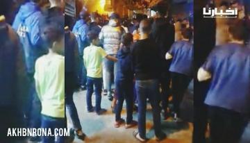 """مراهقون يخرجون في تظاهرات رمضانية من حي """"السنية""""بطنجة للمطالبة بفتح المساجد لأداء """"صلاة التراويح"""""""