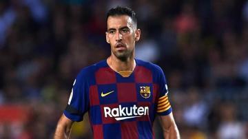 سرجيو بوسكيتس يكشف عن سبب معاناة برشلونة