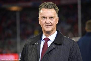 """المنتخب الهولندي يتعاقد مجددا مع """"فان غال"""""""
