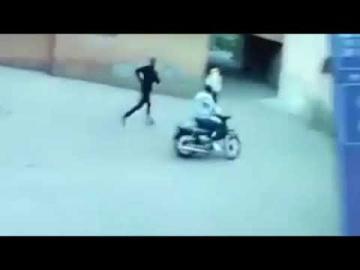 لصان يسرقان فتاة بمدينة مراكش