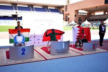 """بعد أن أهدى المغرب العديد من الميداليات الذهبية...البطل العالمي """"بامو"""" يعجز عن شراء """"كرسي متحرك"""" لتمثيل بلاده"""