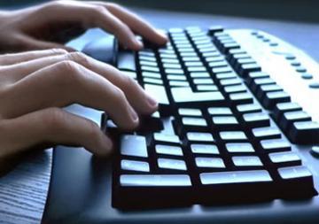 خطأ فادح لحكومة دولة تسبب في تسريب السجلات الشخصية لمعظم سكان البلاد