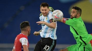 شاهد هاتريك ميسي الرائع في مباراة الأرجنتين وبوليفيا