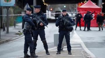 قتلى وجرحى في هجوم بالسلاح الأبيض في كنيسة بنيس الفرنسية وماكرون يتوجه إلى المدينة …