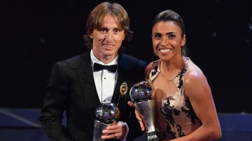 """جوائز """"الفيفا"""" 2018 .. مودريتش يحصد جائزة أفضل لاعب في العالم"""