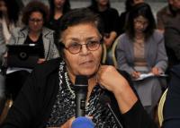 عائشة الشنا تتعرض للسرقة تحت تهديد السلاح بإسبانيا