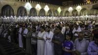 """بعد منع مكبرات الصوت في رمضان..مصر تحدد 10 دقائق فقط لـ""""خاطرة التراويح"""""""