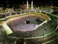 مفاجئ..السعودية تمنع رحلات العمرة وزيارة المسجد النبوي خوفا من كورونا