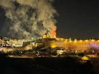 بالفيديو...حريق مهول يندلع داخل المسجد الأقصى بالقدس الشريف