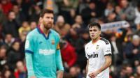 بالفيديو.. برشلونة يتعرض لأول خسارة في عهد سيتين