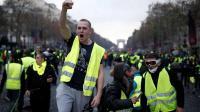 """للسبت الخامس.. """"السترات الصفراء"""" تعود الى شوارع في باريس واعتقال 25 شخصا قبل انطلاق المظاهرات"""
