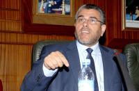 """خاص: مصادر تؤكد تسريب صور لـ""""الرميد"""" بملهى ليلي والأخير يتهم صحيفة بالكذب ويهددها باللجوء إلى القضاء"""