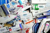 رئيس النيابة العامة يدعو المسؤولين القضائيين إلى التصدي لظاهرة بيع وتسويق الأدوية بشكل غير قانوني