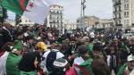الجزائريون في الخارج يختارون رئيسا للجمهورية